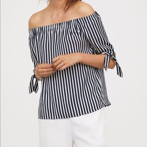 NWT H&M Over-the-Shoulder Blouse